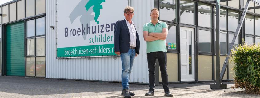 Broekhuizen Schilders wordt doorgegeven aan medewerker